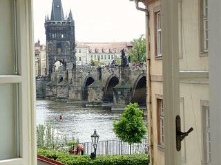 Unique Charm Views Of The Ch-bridge Castle 1st floor - Prague vacation rentals