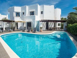 6 bedroom Villa with Internet Access in Cala Serena - Cala Serena vacation rentals