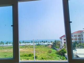 Superior double room with seaview inViHa apartment - Da Nang vacation rentals