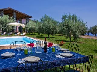 Bright Villa with Internet Access and Satellite Or Cable TV - Aci Catena vacation rentals