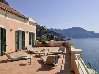 Bright 5 bedroom Vettica di Amalfi Villa with Internet Access - Vettica di Amalfi vacation rentals
