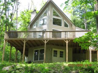 POCONO MOUNTAIN VACATIONS - 3826 - Lake Ariel vacation rentals