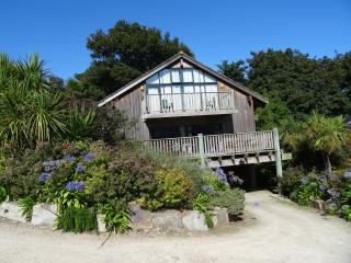 Luxury Holiday Lodge St Ives Cornwall 3rd July 1wk - Saint Ives vacation rentals
