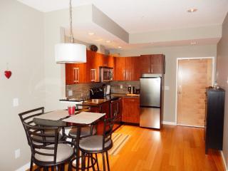 611 Brookside - Victoria vacation rentals