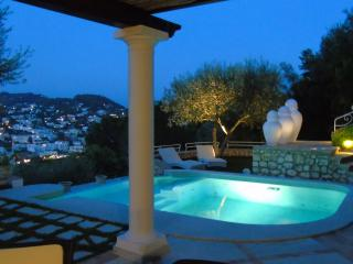 Bright 4 bedroom Capri Villa with Internet Access - Capri vacation rentals