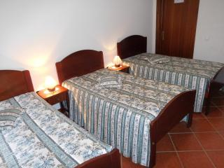triple room - Reguengos de Monsaraz - Reguengos de Monsaraz vacation rentals