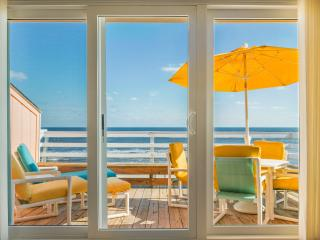180 Degrees Oceanfront View!!! Top Floor End Unit! - Carolina Beach vacation rentals