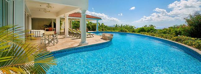 Villa Lune De Miel SPECIAL OFFER: St. Martin Villa 95 A Wonderful Honeymoon Or Other Special Occasion Villa Located On The Hillside In Terres Basses Offering Great Views Of The Sea. - Terres Basses vacation rentals
