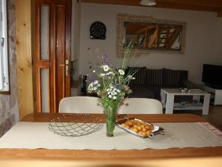 2 bedroom House with Internet Access in Krsan - Krsan vacation rentals