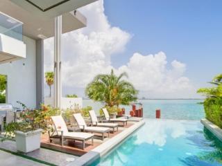 4 Bedroom Modern Villa Glacia - Miami Beach vacation rentals