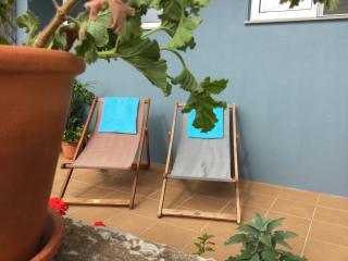 Luxurious Studio (sleeps 2) - perfect setting - Estreito da Calheta vacation rentals