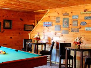 Smokys Lodge~5 min Off Light #3 in Pigeon Forge - Pigeon Forge vacation rentals