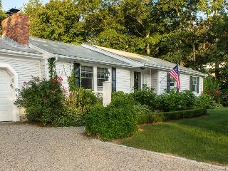 Nice 3 bedroom House in Osterville with Deck - Osterville vacation rentals