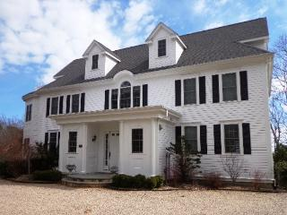 Adorable House in Osterville with Internet Access, sleeps 20 - Osterville vacation rentals
