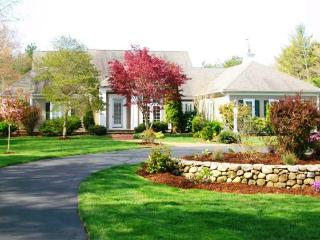 Beautiful 3 bedroom Osterville House with Deck - Osterville vacation rentals
