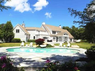 Lovely House with Deck and Internet Access - Osterville vacation rentals