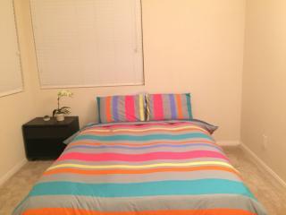 Beautiful 1 bedroom Condo in Pacific Beach - Pacific Beach vacation rentals