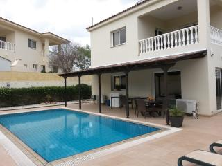 Private pool & garden, 10 min. to beach resorts - Protaras vacation rentals