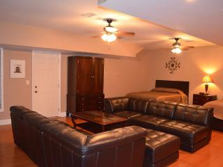 Atlanta Huge Lower Level Suite - Atlanta vacation rentals