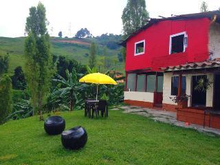 Beautiful 1 bedroom rural area 10 min to medellin - Medellin vacation rentals