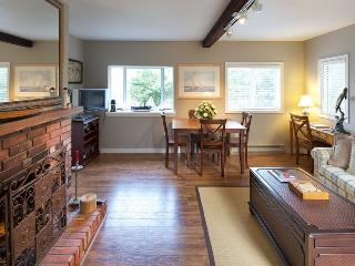 'Captain's Quarters' Waterfront Cottage on Fulford - Salt Spring Island vacation rentals