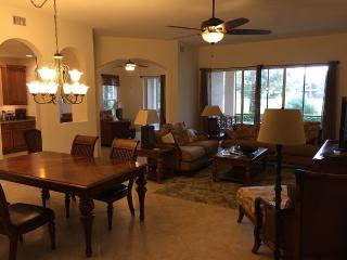 Luxurious 3 Bd / 3 Bath Coach Home - Naples vacation rentals