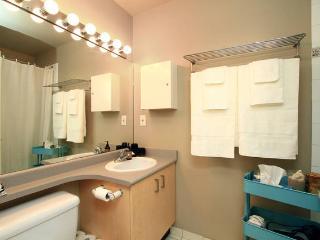 Modern Yaletown Living (1 Bedroom) - Vancouver vacation rentals