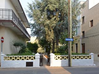 """Appart. per vacanze """"Villa Ricciardi""""-zona Ostuni - Montalbano di Fasano vacation rentals"""