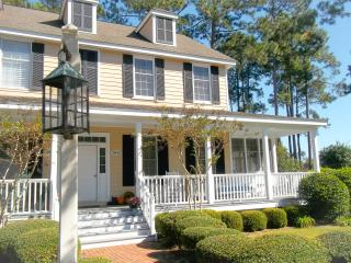 Cottage Relaxation with Modern Touches - Murrells Inlet vacation rentals