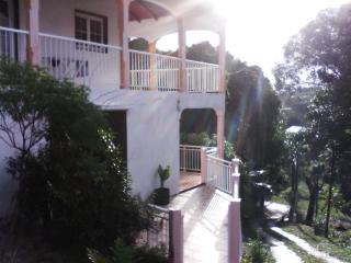 Vacances à la campagne  à Morne-à-l'eau 97111 - Pointe-à-Pitre vacation rentals
