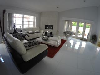 Modern & Comfortable House at Trump's Golf - Doral vacation rentals