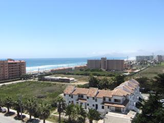 Piscina y playa, departamento en La Serena nuevo! - La Serena vacation rentals