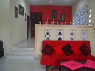 Cozy 3 bedroom Seberang Jaya House with Washing Machine - Seberang Jaya vacation rentals
