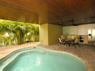 Anna Maria Island Beach Palace /January Special - Anna Maria Island vacation rentals