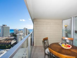 Waikiki Ocean View Studio + Free WiFi - Honolulu vacation rentals