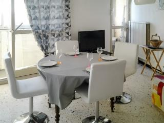 Cozy 1-bedroom apartment in Balaruc - Balaruc-les-Bains vacation rentals