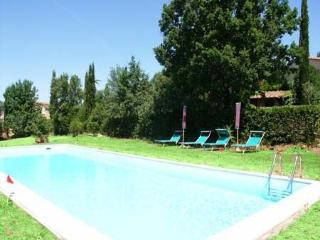 Cozy 2 bedroom Vacation Rental in San Piero a Sieve - San Piero a Sieve vacation rentals