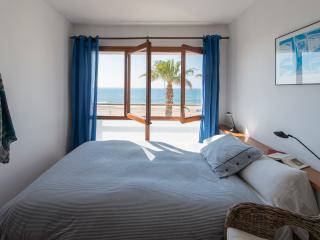 Wundermar,  sea panorama - private balcony - Torredembarra vacation rentals