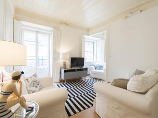 Canto do Mar Typical Apartment, Bairro Alto - Lisbon vacation rentals