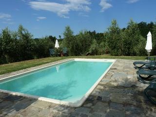 Beautiful 2 bedroom Vacation Rental in Massa e Cozzile - Massa e Cozzile vacation rentals