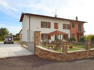 Perfect 2 bedroom Vacation Rental in Piano di Mommio - Piano di Mommio vacation rentals