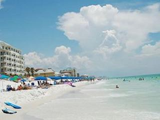 25% Discount Jan & Feb!! 5bd/3bth Home With Pool - Destin vacation rentals
