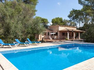3 bedroom Villa with Internet Access in Lloret de Vistalegre - Lloret de Vistalegre vacation rentals