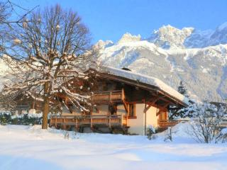Chalet les Islouts ~ 4 bed Luxury  in Chamonix - Chamonix vacation rentals
