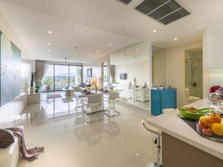 Luxury modern 2 bed in Surin Beach - Surin Beach vacation rentals