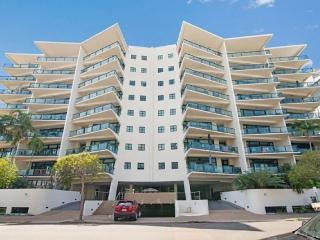 Convenient Darwin Studio rental with Shared Outdoor Pool - Darwin vacation rentals
