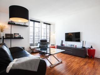 Designer flat 3BR for 6 - P16 (Arc of triumph) - Paris vacation rentals