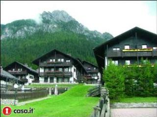 Cozy 2 bedroom Condo in Sappada with Garage - Sappada vacation rentals