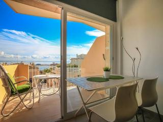 Cosy seeview apartment in Palma - Palma de Mallorca vacation rentals