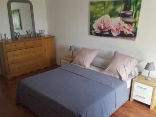 Romantic 1 bedroom Apartment in Saint-Montan - Saint-Montan vacation rentals